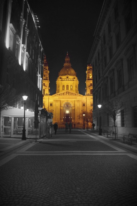 Basilica street view