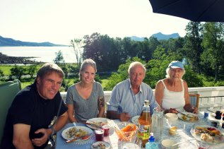 Øystein, Kaja, Grandpa Terje and Grandma Martha