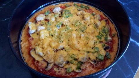 I've been cooking a lot! Experimenting with healthy twists using fresh ingredients. This is a sweet potato crust pizza. I added a little tomato sauce, then tons of veggies and chicken and sprinkled with cheddar cheese. Skjalg approved ;)