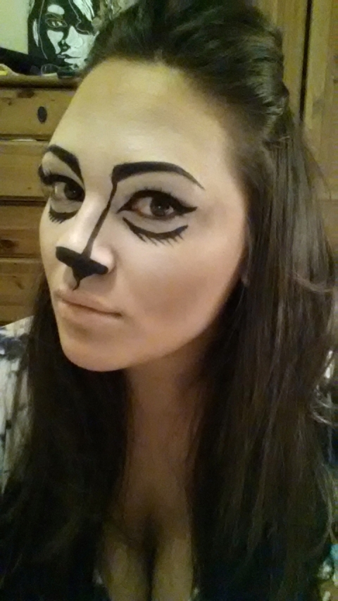 Took a break Friday night before bed to try out my make-up for Halloween. Needed something cheap and easy ;)